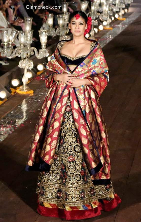 Rohit Bal Gulbagh Collection at Wills India Fashion Week 2014