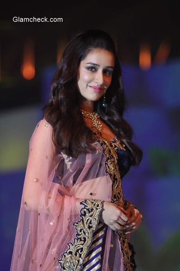 Shradda Kapoor 2014 at the IBJA fashion show