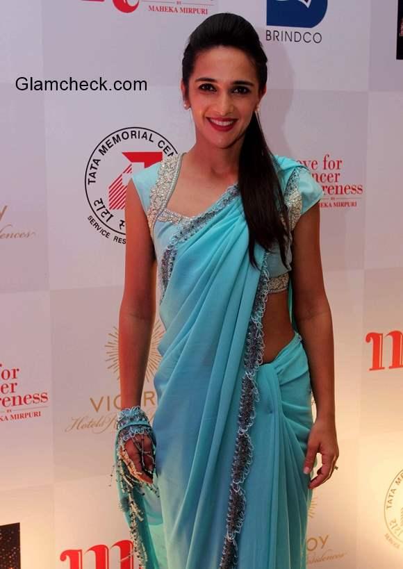 Tara Sharma in Sari 2014