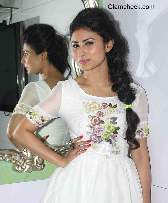 Television Actress Mouni Roy S Style At An Event