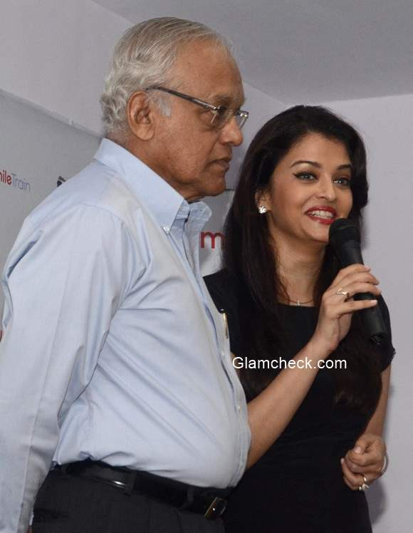 Aishwarya Rai with her Father pics
