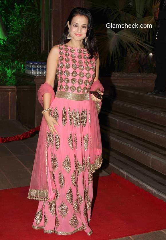 Ameesha Patel at Arpita Khan and Aayush Sharma Wedding Reception