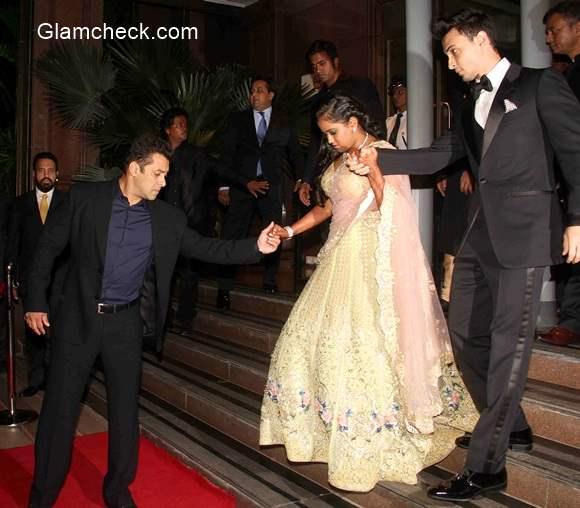 Celeb Looks From Arpita Khan And Aayush Sharma S Wedding