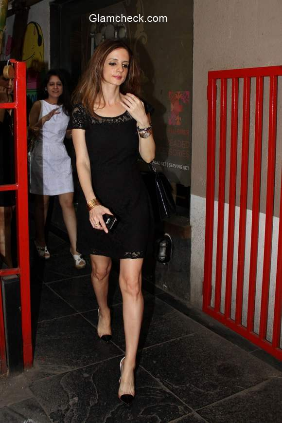 Celeb Spotting - Suzanne Khan at Mumbai Restaurant