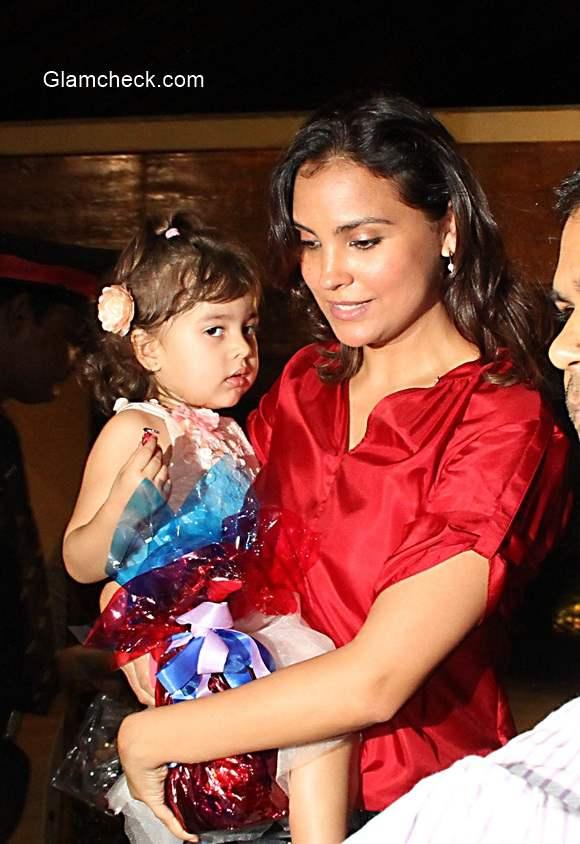 Lara Dutta with her daughter Saira