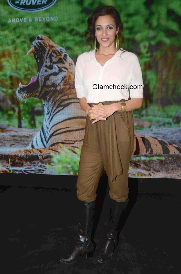 Neha Sareen at Tracking the Tiger Book Launch