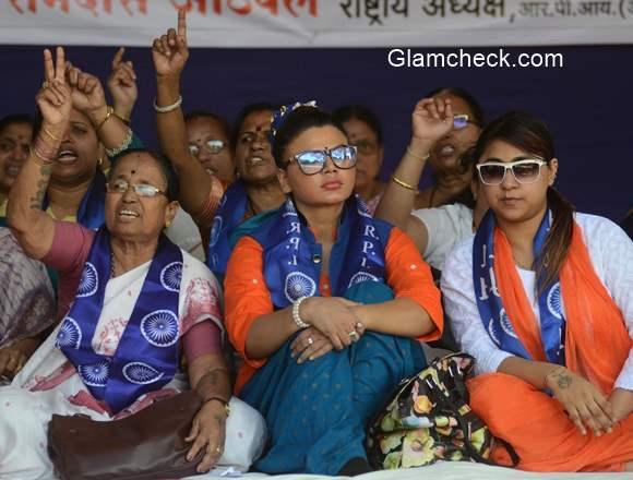 Rakhi Sawant goes on a hunger strike to protest against the brutal murder of a Dalit family in Maharastra