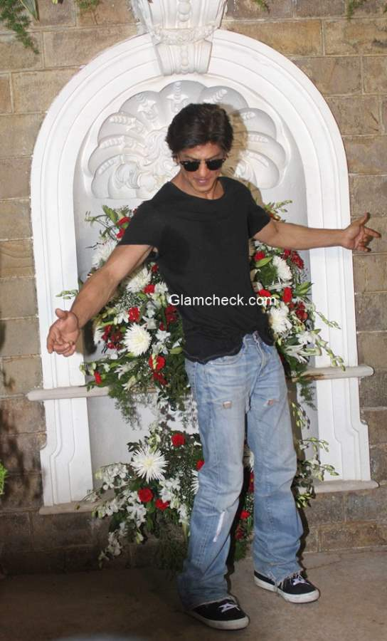 SRK is fit as a fiddle as he celebrates his 49th birthday