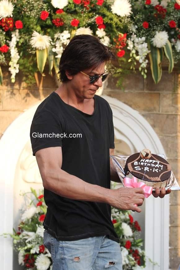 Sharukh Khan Celebrates 49th birthday