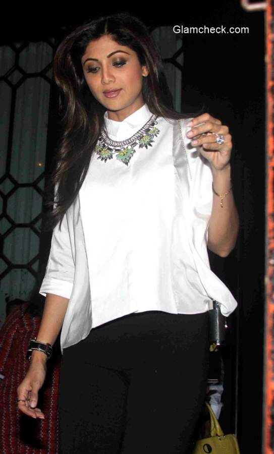 Shilpa Shetty spotted outside a restaurant