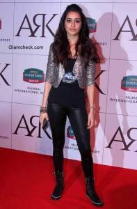 Shraddha Kapoor at Mumbais ARK Lounge