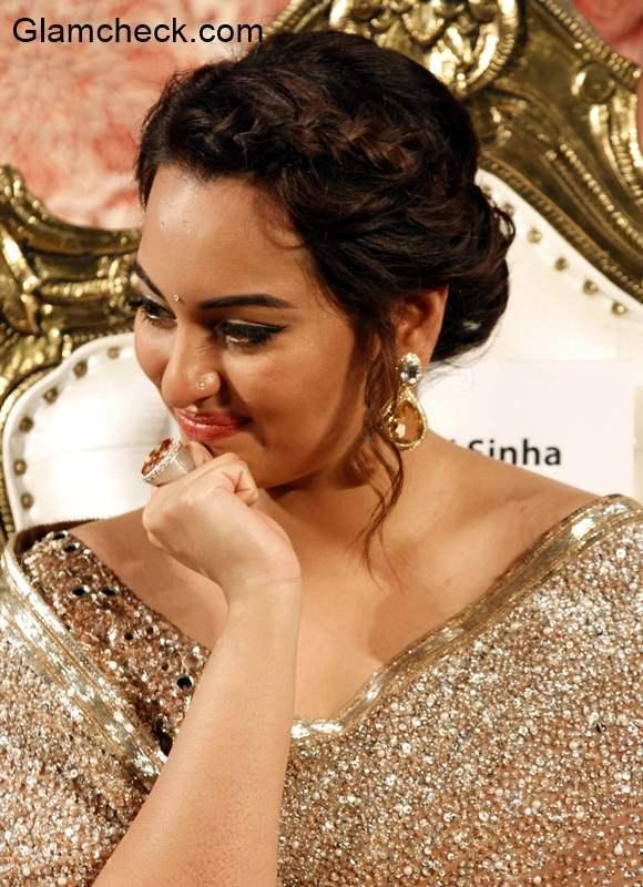 Sonakshi Sinha in Lingaa 2014