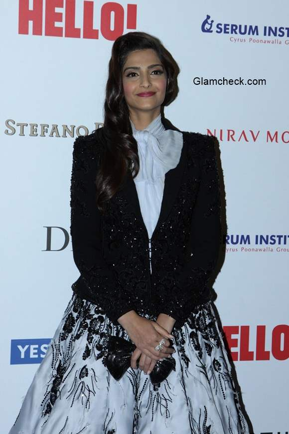 Sonam Kapoor at the Hello Hall of Fame Awards 2014