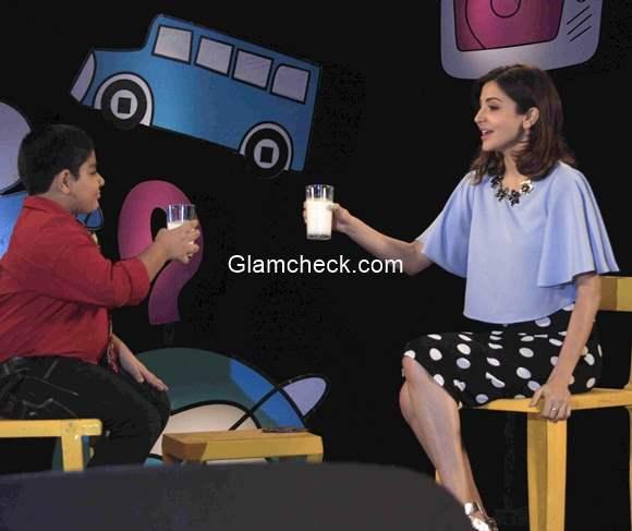 Anushka Sharma during the shoot Captain Tiao