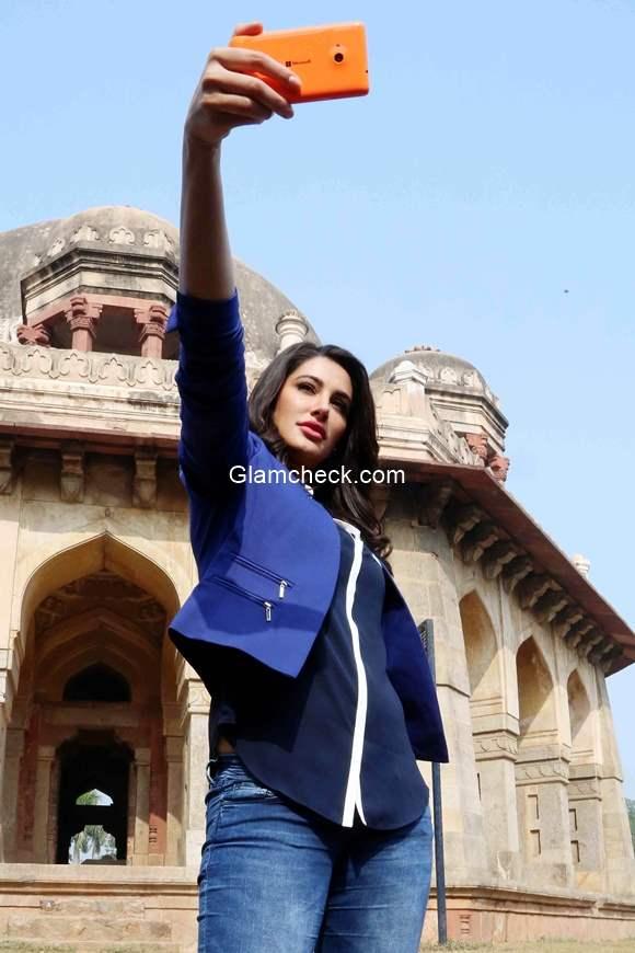 Nargis Fakhri kick starts the Microsoft Lumia 535 campaign Romancing India with Lumia 535