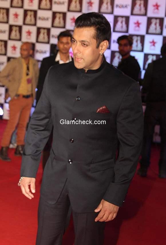 Salman Khan at Aap Ki Adalat 21st anniversary