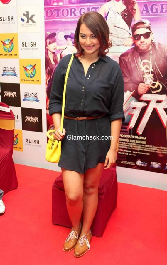 Sonakshi Sinha brings style to the promotions of film Tevar