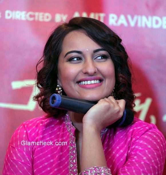 Sonakshi Sinha promotes Tevar in Ahmedabad