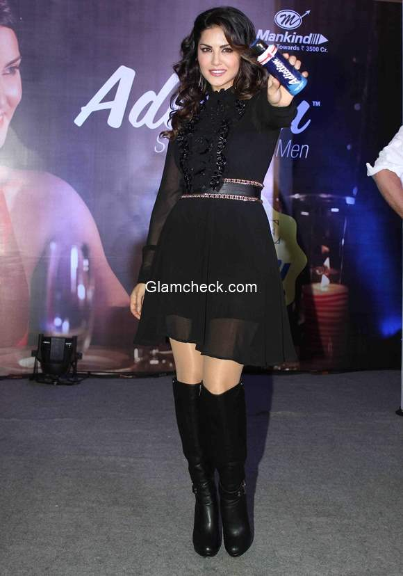 Sunny Leone at grand finale of Adiction Deo contest