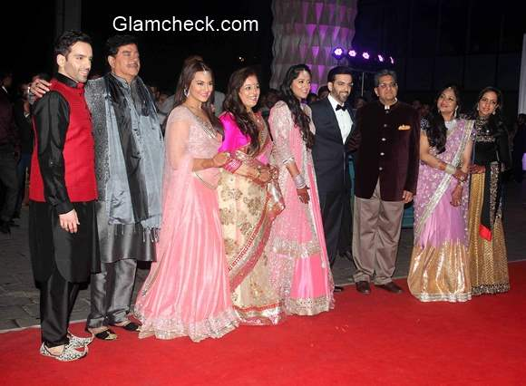 Candid moments from Luv Sinhas wedding reception