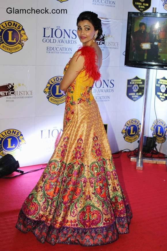 Daisy Shah at Lions Gold Awards 2015