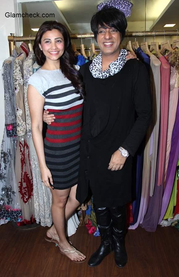 Daisy Shah at designer Rohit Verma store