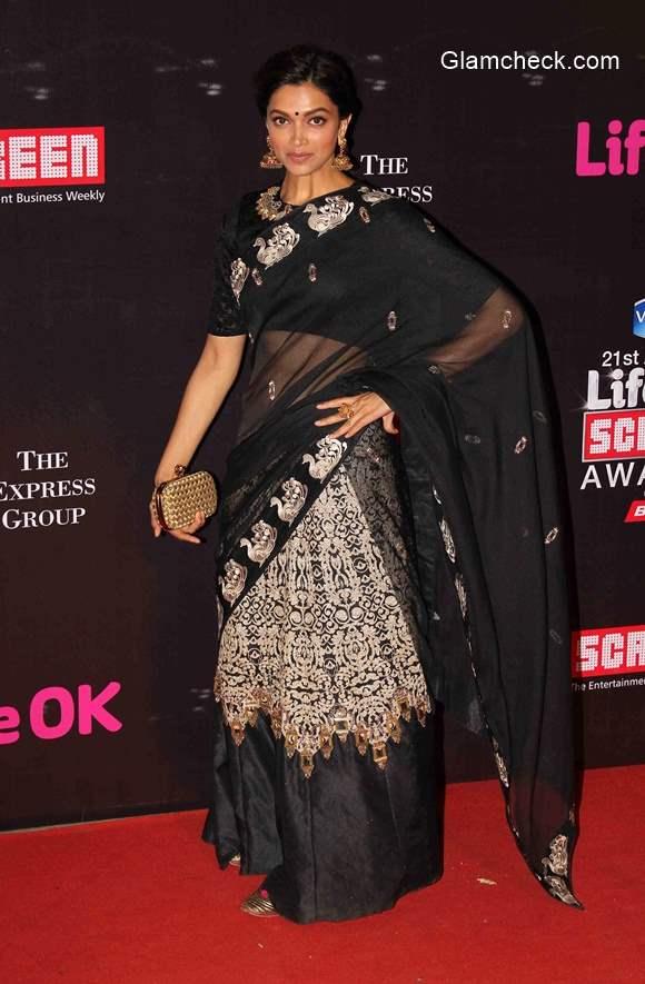 Deepika Padukone in Saree at 2015 Annual Life OK Screen Awards