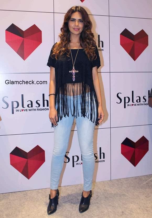 Esha Gupta 2015 Style at the launch of 2nd Splash store in Mumbai