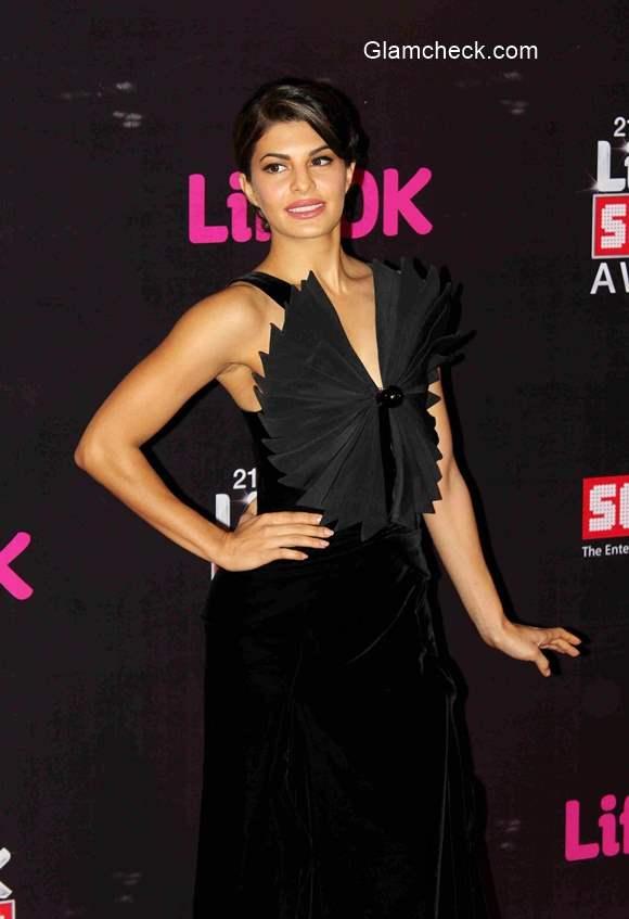 Jacqueline Fernandez at 2015 Annual Life OK Screen Awards