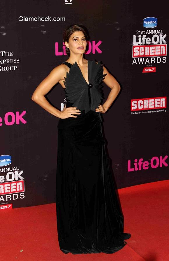 Jacqueline Fernandez in Black Gown at the 21st Annual Life OK Screen Awards