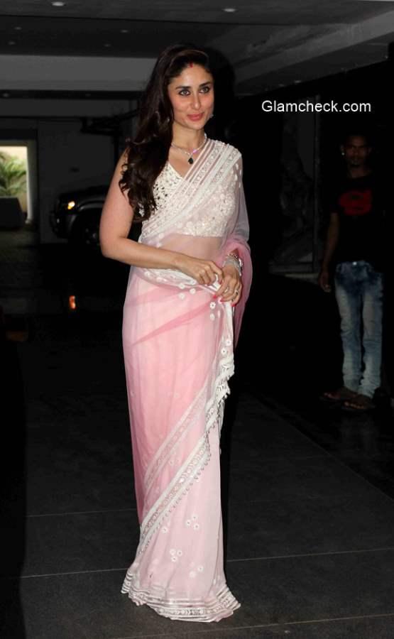 Kareena Kapoor in Pink Saree at Soha Ali Khan Wedding