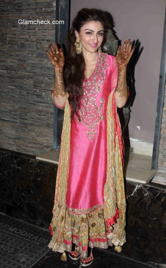 Soha Ali Khan mehendi ceremony Pics