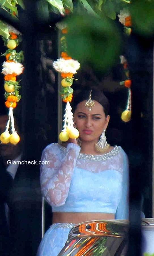 Sonakshi Sinha at brothers wedding