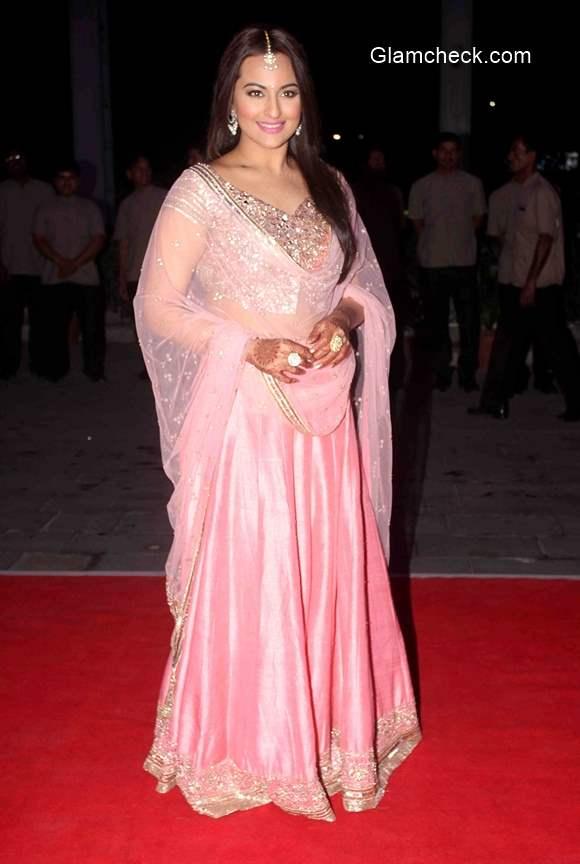 Sonakshi Sinha in Pink Lehenga 2015