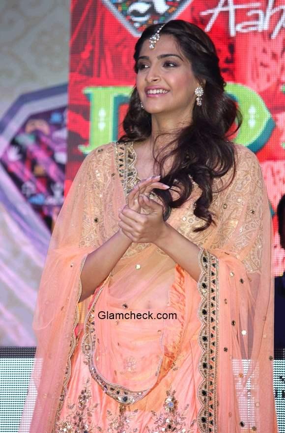 Sonam Kapoor 2015 Movie Dolly Ki Doli