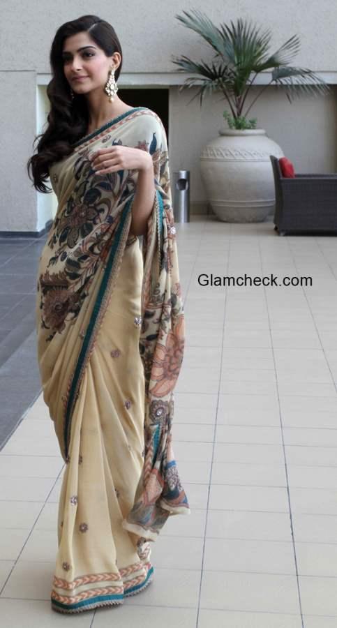 Sonam Kapoor in Anuradha Vakil Saree 2015