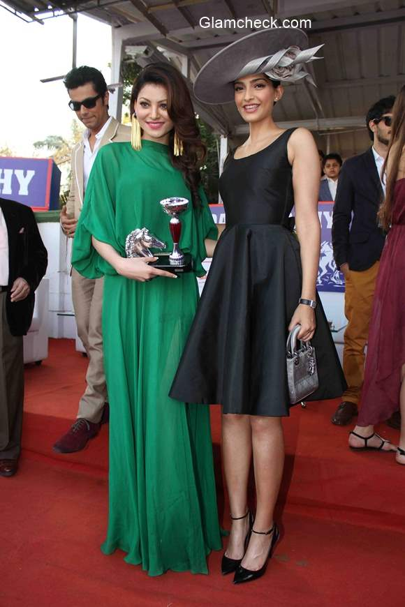 Urvashi Rautela and Sonam Kapoor
