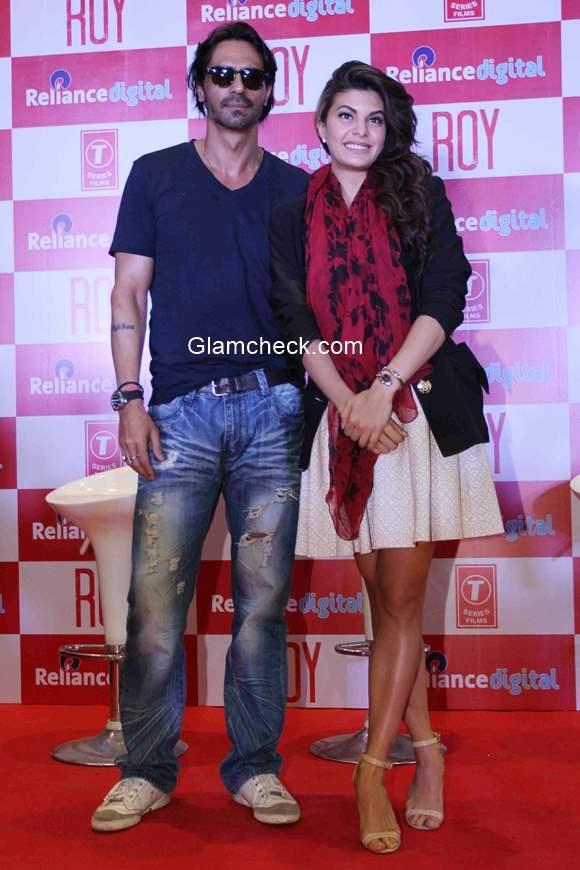Arjun Rampal and Jacqueline Fernandez promote Roy at Reliance Digital Mumbai