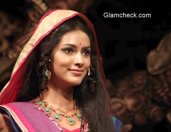 Pallavi Subhash in Chakravartin Ashoka Samrat serial on colors