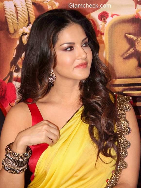 Sunny Leone pics in Ek Paheli Leela