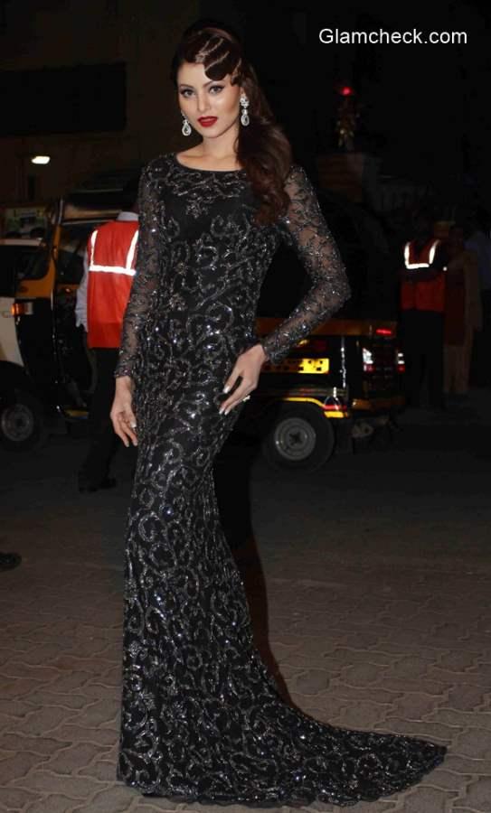 Urvashi Rautela 2015 at 60th Filmfare Awards