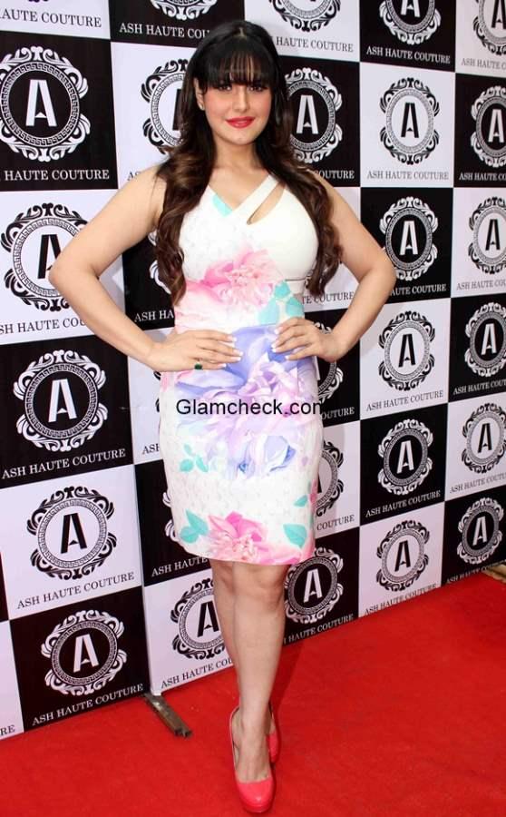 Zarine Khan 2015 at The Ash Haute Couture