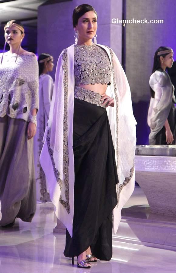 Kareena Kapoor Khan LFW Summer Resort 2015