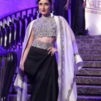 Kareena Kapoor Khan for Annamika Khanna at the LFW Summer Resort 2015