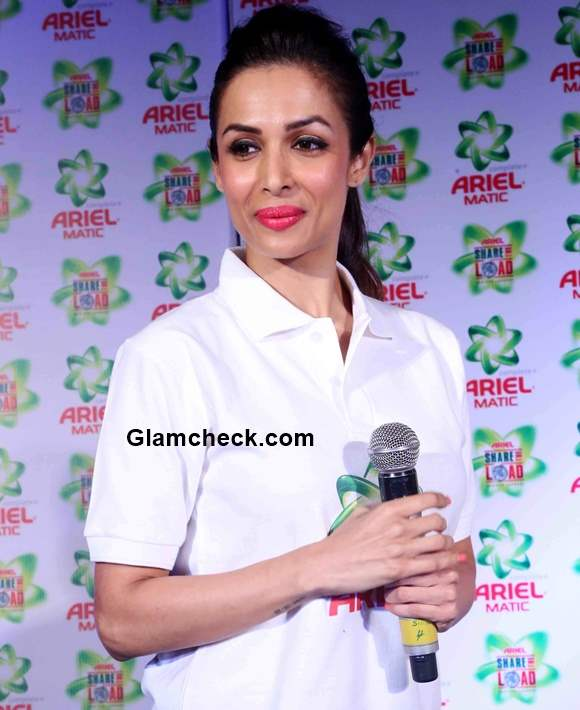 Malaika Arora Khan at the launch of Ariel His  Her pack