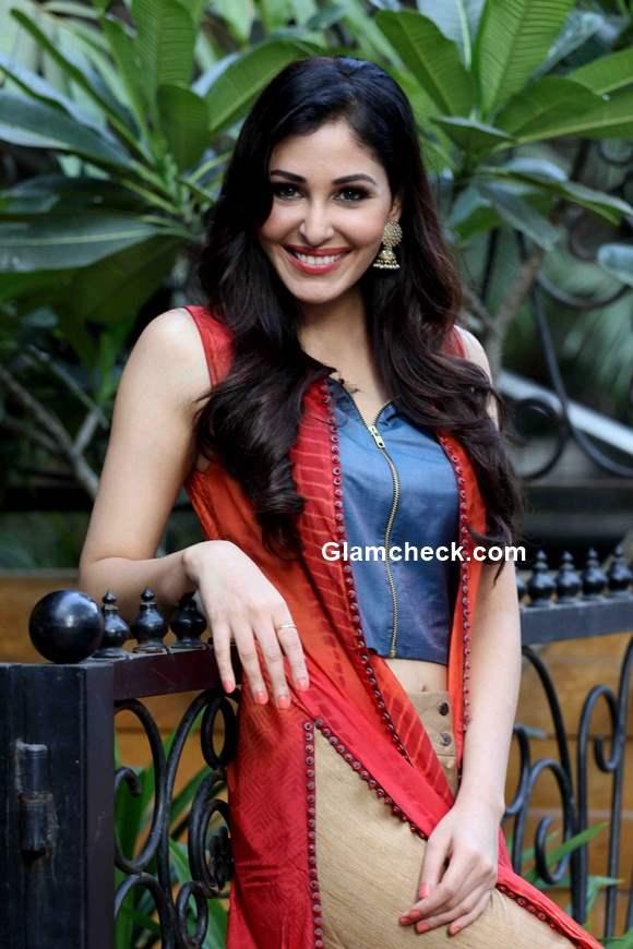 Celeb Look Inspiration – Pooja Chopra for Tamanna Punjabi ...