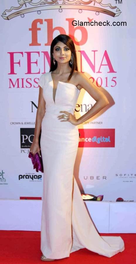 Shilpa Shetty in Monisha Jaishing Gown at the Grand Finale of Femina Miss India 2015