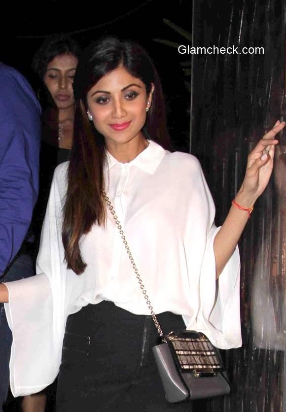 Shilpa Shetty spotted outside a restaurant in Mumbai
