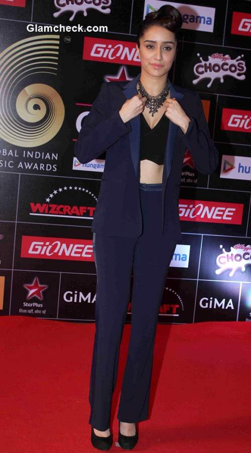 Shraddha Kapoor in Sandro at the 5th edition of the GiMA Awards