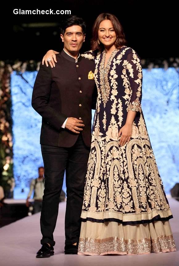 Sonakshi Sinha turns showstopper for Manish Malhotra